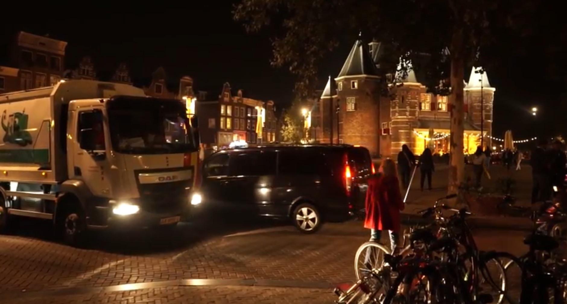 Road test in Amsterdam centrum